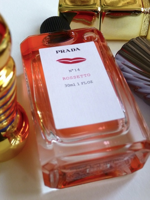 Prada_Rossetto_Perfume_blog.jpg