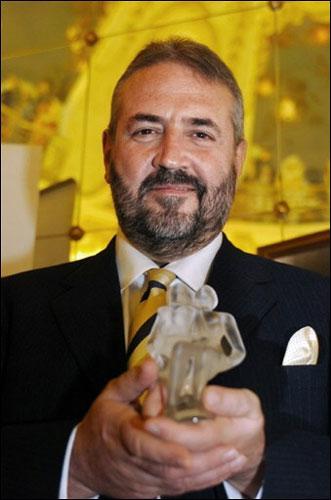 Lorenzo Villoresi Awarded The Prestigious François Coty