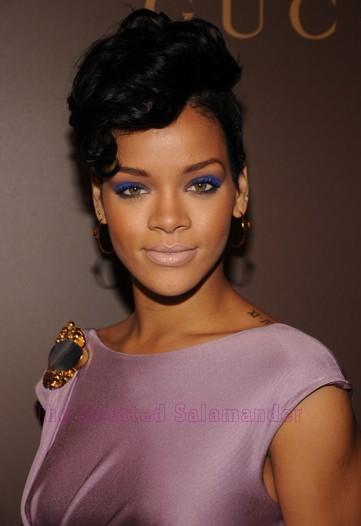Rihanna-B.jpg