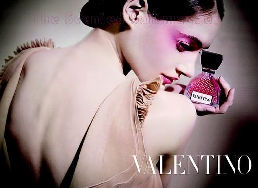 Valentino-Perfume-B.jpg