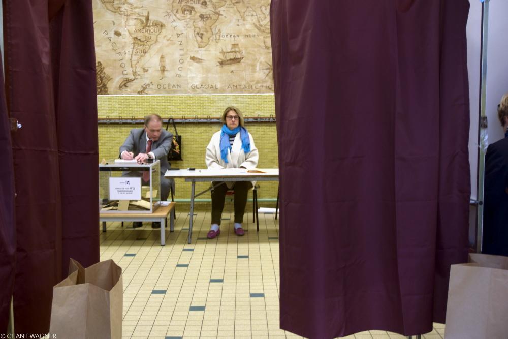 Voting-Urn.jpg