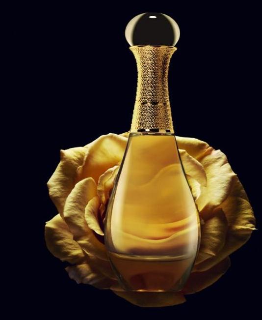 adore_Or_dior_perfume.jpg