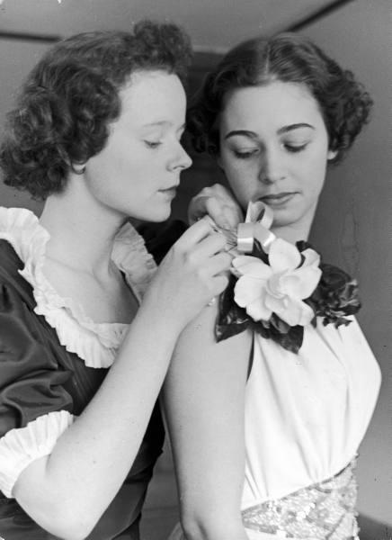 gardenia-1937-Smith-College.jpg