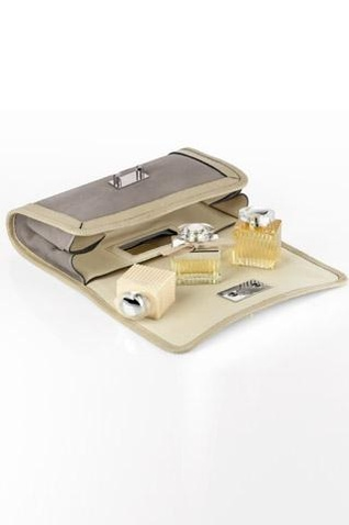 maggie-travel-set-chloe-perfume.jpg