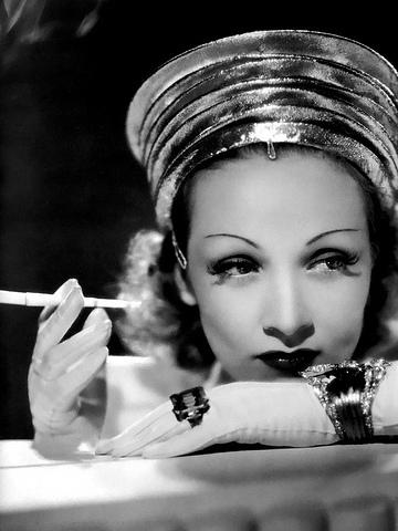 marlene-dietrich-portrait - Classic Female Beauty: Marlene Dietrich - Philippine Photo Gallery