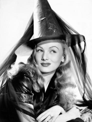 veronica-lake-in-publicity-pose-for-i-married-a-witch-1942_i-G-67-6716-47WA100Z.jpg