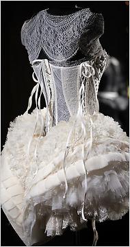 worth-corset-2010.jpg